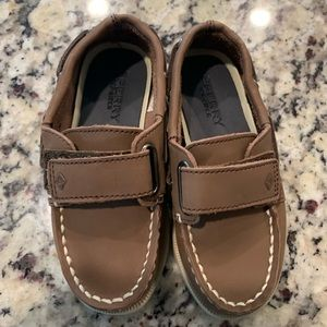Toddler Sperry eeuc